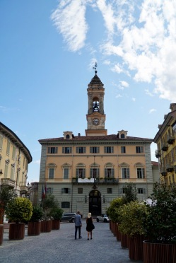 Pilgrim-Paths-Ivrea-Municipio